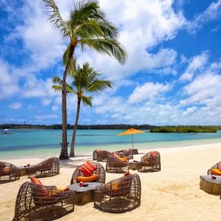 Resort on Paradise Island - Obrázkek zdarma pro 1024x1024