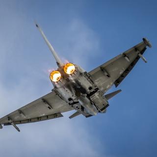 Typhoon Aircraft - Obrázkek zdarma pro 208x208