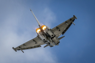 Typhoon Aircraft Picture for Android, iPhone and iPad