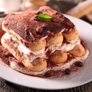 Tiramisu Tasty Cake - Obrázkek zdarma pro iPad