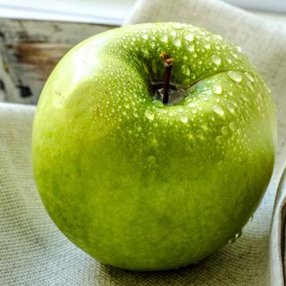 Green Apple - Obrázkek zdarma pro 1024x1024