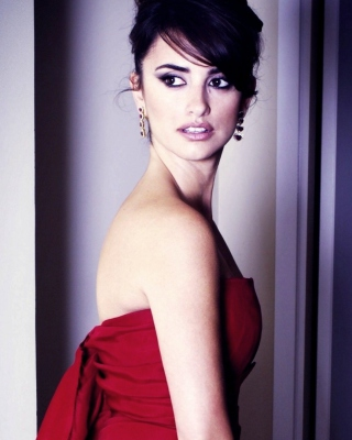 Penelope Cruz In Red Dress - Obrázkek zdarma pro iPhone 5C