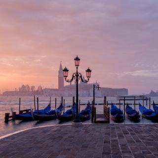 Venice Morning - Obrázkek zdarma pro iPad 2