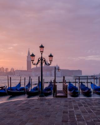 Venice Morning - Obrázkek zdarma pro iPhone 4S
