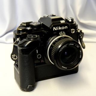 Nikon FA Single lens Reflex Camera - Obrázkek zdarma pro iPad mini