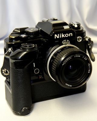 Nikon FA Single lens Reflex Camera - Obrázkek zdarma pro 640x1136