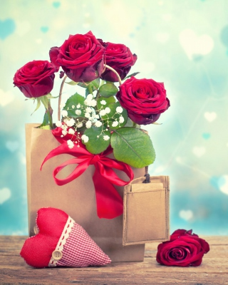 Send Valentines Day Roses Wallpaper for Nokia Asha 303
