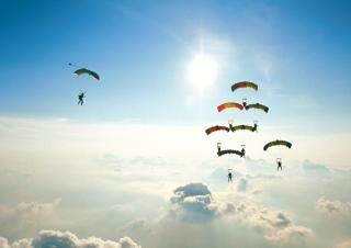 Flying - Obrázkek zdarma pro 220x176