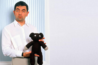 Mr Bean with Knitted Brown Teddy Bear - Obrázkek zdarma pro 1600x900