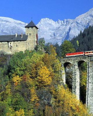Austrian Castle and Train - Obrázkek zdarma pro Nokia C6-01