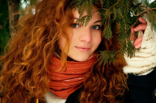 Pretty Redhead Picture for Android, iPhone and iPad