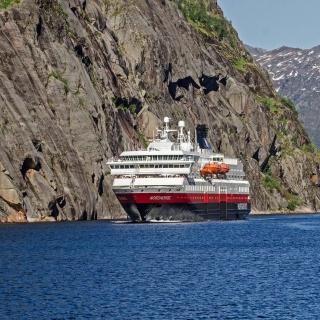 Norway Cruise - Obrázkek zdarma pro 320x320