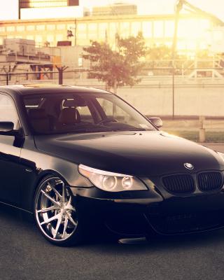 BMW 545i E60 E39 - Obrázkek zdarma pro 132x176