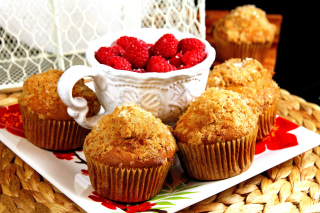 Muffins and Raspberries Picture for Android, iPhone and iPad