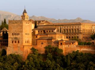 Alhambra of Granada - Obrázkek zdarma pro Nokia XL