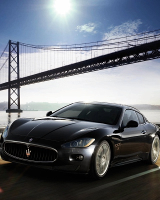 Maserati Granturismo - Obrázkek zdarma pro 240x400
