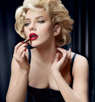 Scarlett Johansson Red Lipstick - Obrázkek zdarma pro 2048x2048