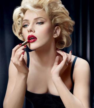 Scarlett Johansson Red Lipstick - Obrázkek zdarma pro Nokia Asha 303