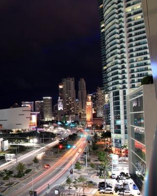 Miami City - Obrázkek zdarma pro iPhone 4S