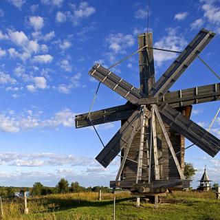 Kizhi Island with wooden Windmill - Obrázkek zdarma pro iPad