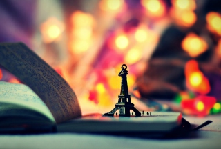 Mini Eiffel Purple Golden Bokeh Picture for Android, iPhone and iPad
