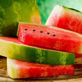Sweet Red Watermelon - Obrázkek zdarma pro iPad 2