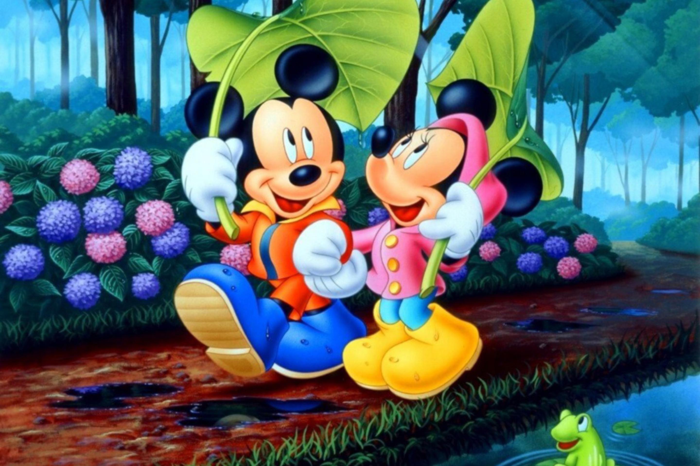 http://files.vividscreen.info/soft/65d1309c409644f07104a8b0d31aa18c/Mickey-And-Minnie-Mouse-2880x1920.jpg