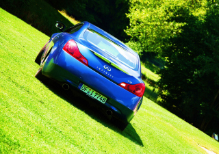 Free Infiniti G37 Picture for Android, iPhone and iPad