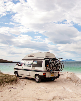 Caravan Holiday Background for Samsung SGH-T528G