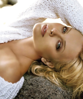 Charlize Theron - Obrázkek zdarma pro Nokia Asha 502