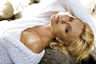 Charlize Theron - Obrázkek zdarma pro Sony Xperia Z1