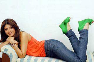 Shilpa Shetty - Obrázkek zdarma pro Nokia Asha 205