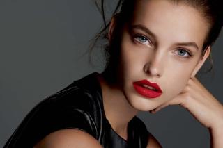 Barbara Palvin Red Lipstick - Obrázkek zdarma pro 1366x768