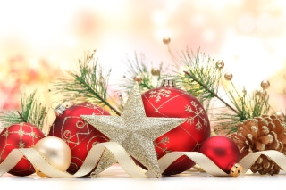 Free Christmas Tree Decorations Picture for Android, iPhone and iPad