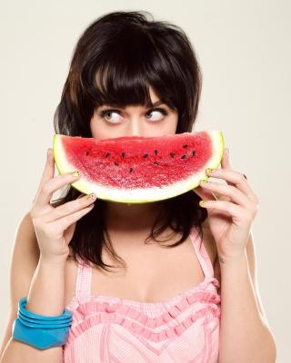 Katy Perry Watermelon Smile - Obrázkek zdarma pro Nokia Asha 308