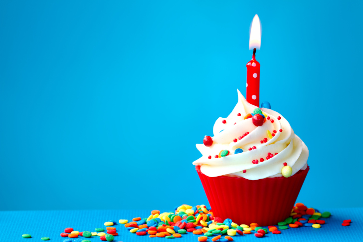 Happy-Birthday-Cupcake-wide-i.jpg