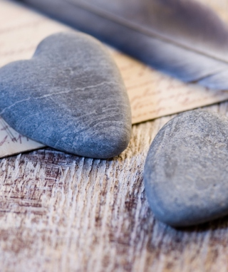 Stone Heart - Obrázkek zdarma pro Nokia Asha 303