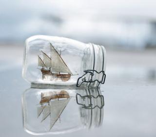 Toy Ship In Bottle - Obrázkek zdarma pro 320x320