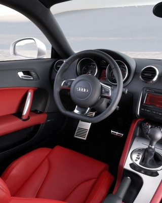 Audi TT 3 2 Quattro Interior - Obrázkek zdarma pro Nokia X2
