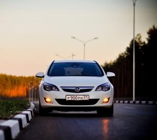 Opel - Obrázkek zdarma pro 208x208