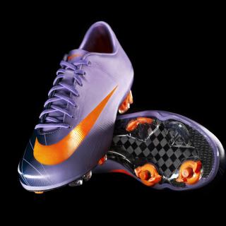 L1-Nike-Mercurial-067366-00 - Obrázkek zdarma pro iPad mini 2