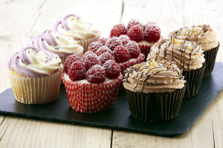 Mixed Berry Cupcakes Picture for Android, iPhone and iPad