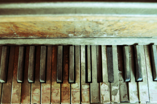 Old Piano Keyboard - Obrázkek zdarma pro Samsung Galaxy S II 4G