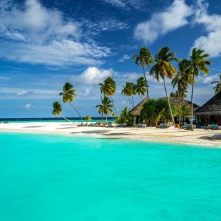 Bungalow Hotel and Villa on Maldives - Obrázkek zdarma pro iPad 3