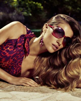 Gisele Bundchen Salvatore Ferragamo Ads - Obrázkek zdarma pro 320x480