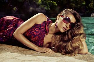 Gisele Bundchen Salvatore Ferragamo Ads - Obrázkek zdarma pro Sony Xperia Tablet S