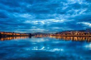 Corunna Spain - Obrázkek zdarma pro Samsung Galaxy Tab 4G LTE