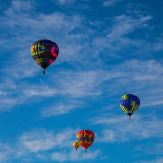Climb In Balloon - Obrázkek zdarma pro iPad mini