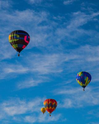 Climb In Balloon - Obrázkek zdarma pro iPhone 3G