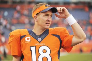 Peyton Manning - Obrázkek zdarma pro Nokia Asha 201